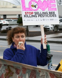 Lisa Arkin at Feb. 15th rally for bee health and safety