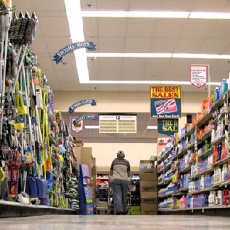 GroceryStore_LowAngle_ElizabethReisArticle_600px